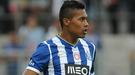 Невероятный гол пяткой в чемпионате Португалии (Видео)