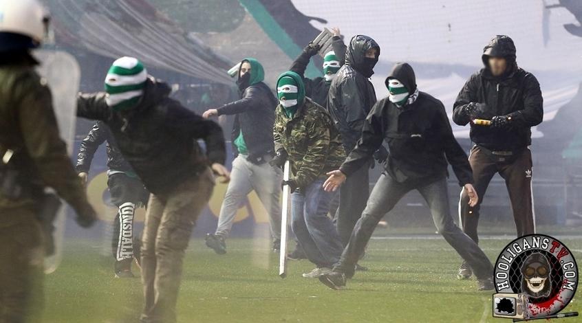 В Греции болельщики устроили массовые беспорядки на стадионе (Видео)
