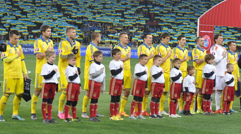 Менеджер сборной Украины: не исключено, что возьмем на Евро-2016 повара и продукты