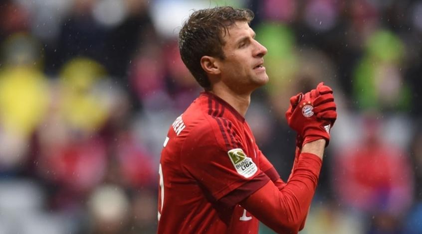 """Томас Мюллер: """"Мяч никак не хотел пересекать линию ворот """"Реала"""""""