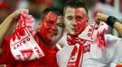 Игроки сборной Польши не встали на колено перед матчем с Англией