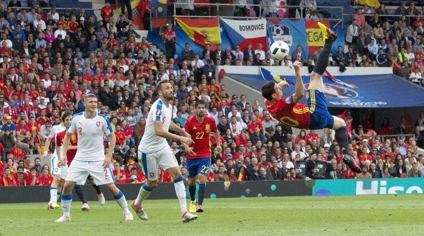 Испания - Чехия 1:0. Стартовое волнение