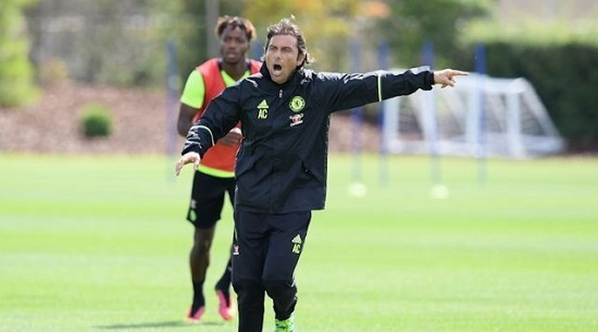 """Антонио Конте получил повреждение на тренировке """"Челси"""""""