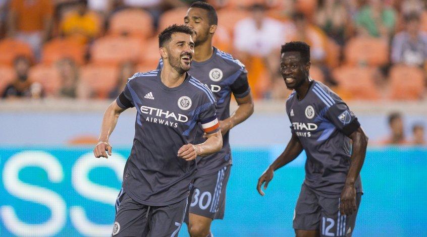 """MLS. 14-я игровая неделя. Поражение """"Торонто"""", красная для Игуаина и 8-й гол Вильи"""