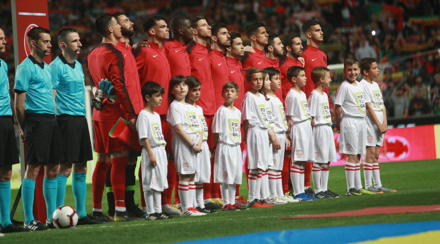 Сборная Португалии огласила заявку на Евро-2020 - FootBoom
