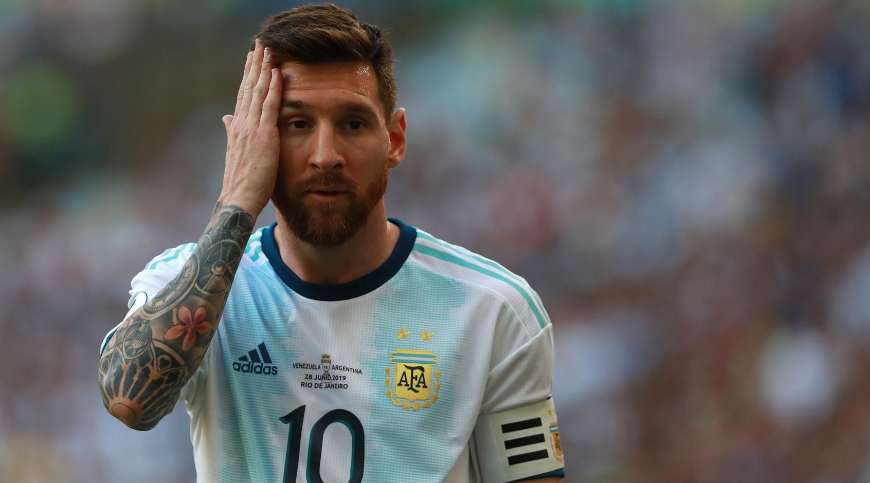 """Лионель Месси может отправиться на Копа Америка-2021 без контракта с """"Барселоной"""""""
