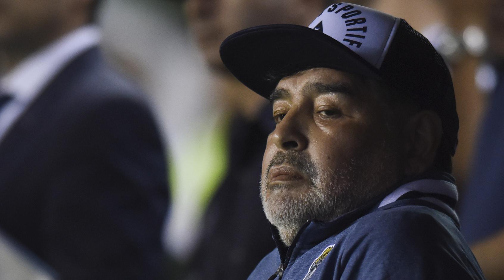 Лечащего врача Марадоны обвинили в подделке подписей
