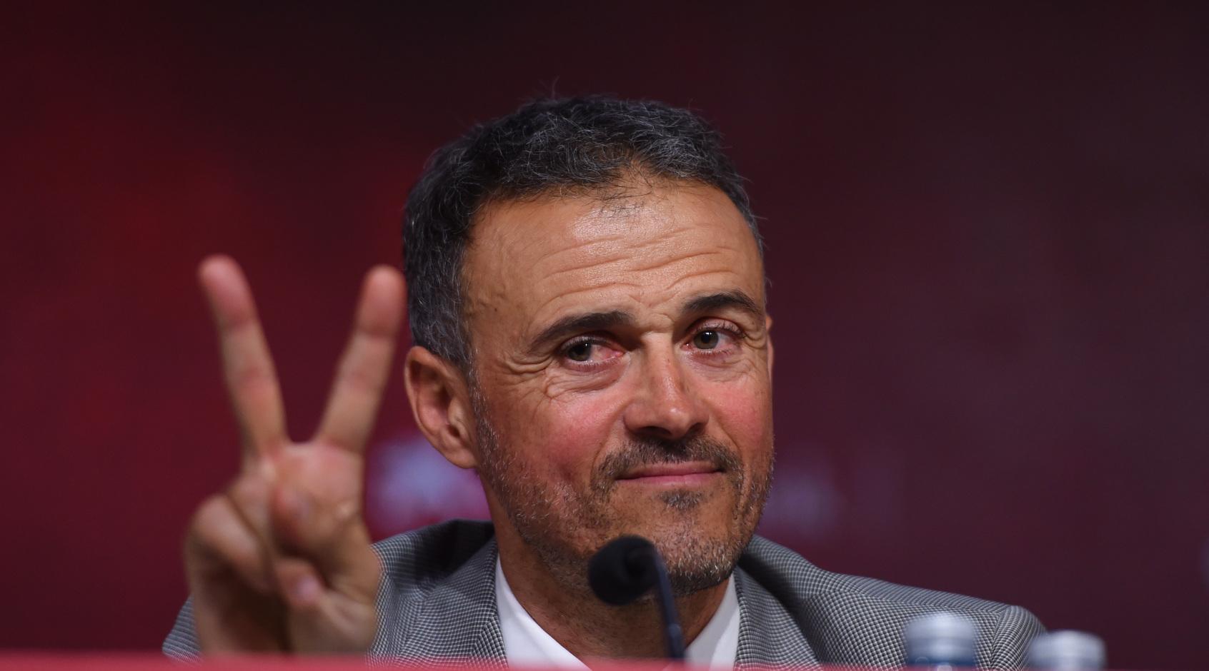 """Луис Энрике: """"Испания переживает приятнейший момент - приедем на стадион, вдохнем атмосферу"""""""