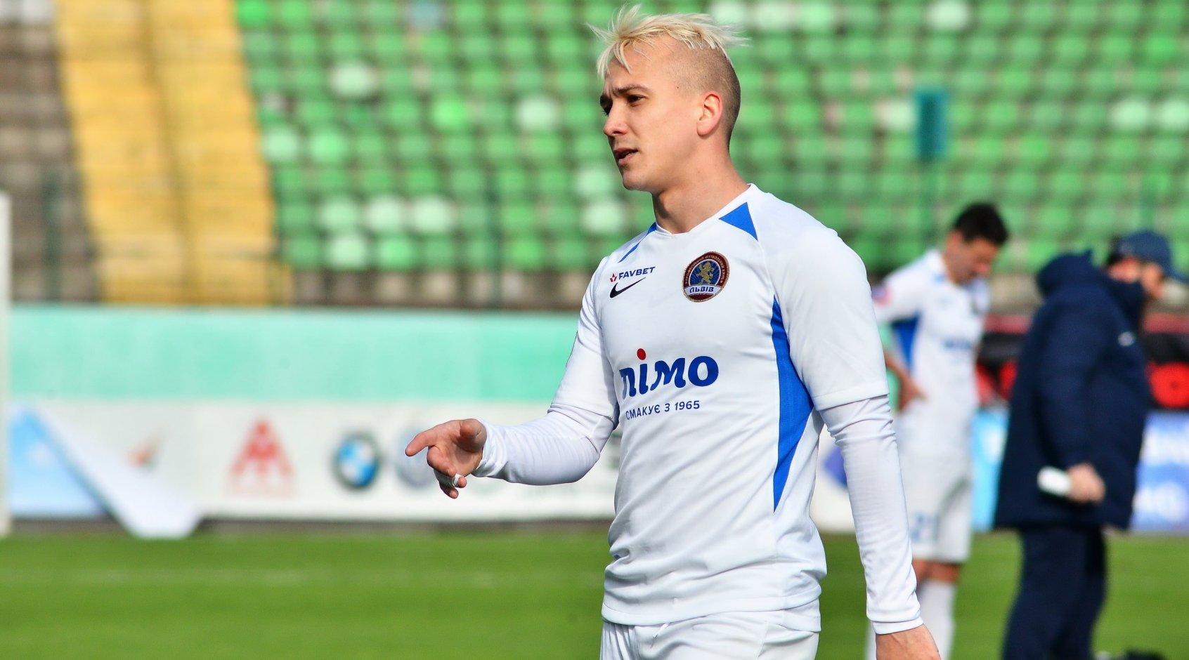 Ярослав Богунов и еще 8 футболистов дисквалифицированы на 2 года за участие в договорных матчах в Беларуси