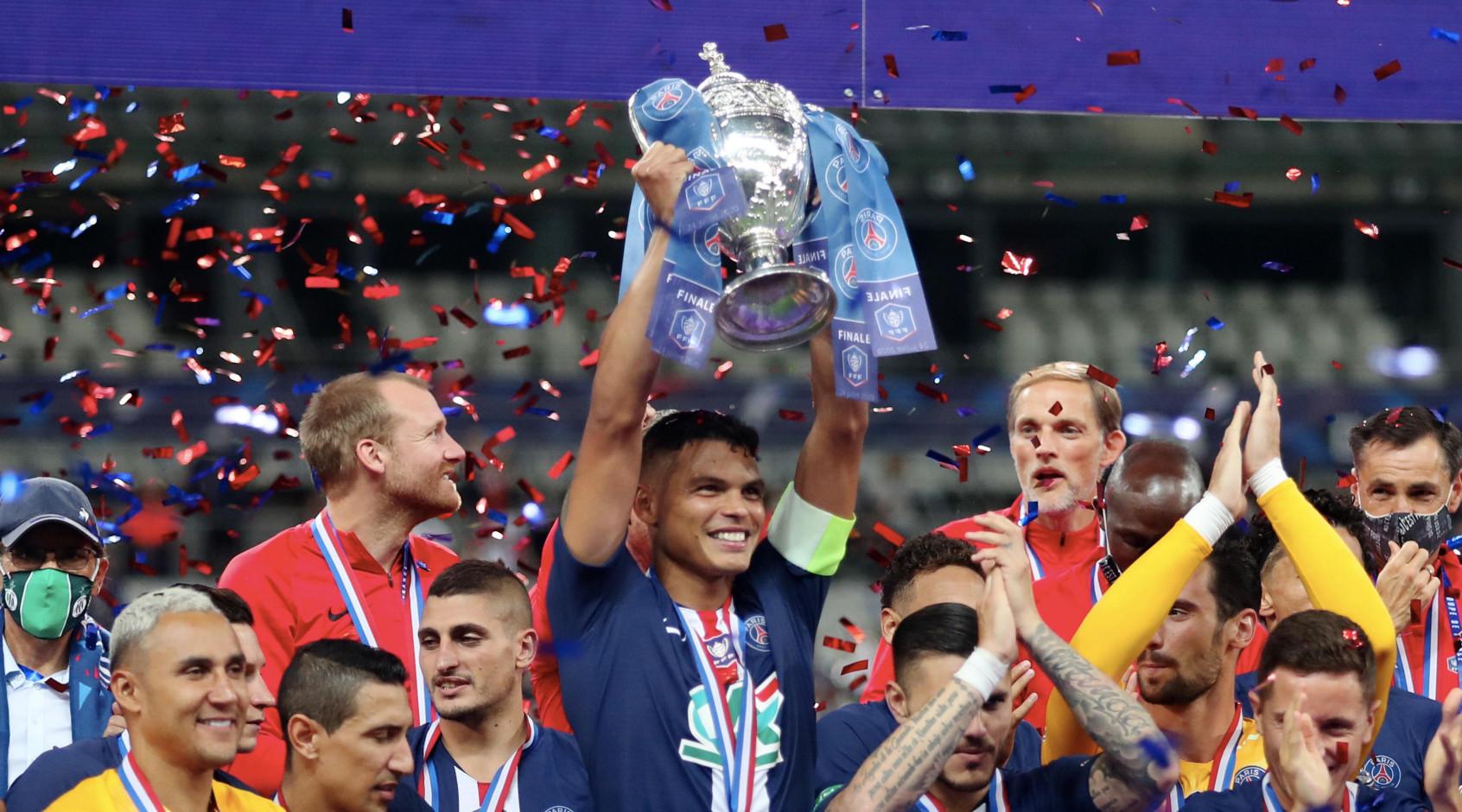 """Тьяго Силва: """"Когда ПСЖ вылетал из Лиги чемпионов, люди хотели найти виновника, и это всегда был я"""""""