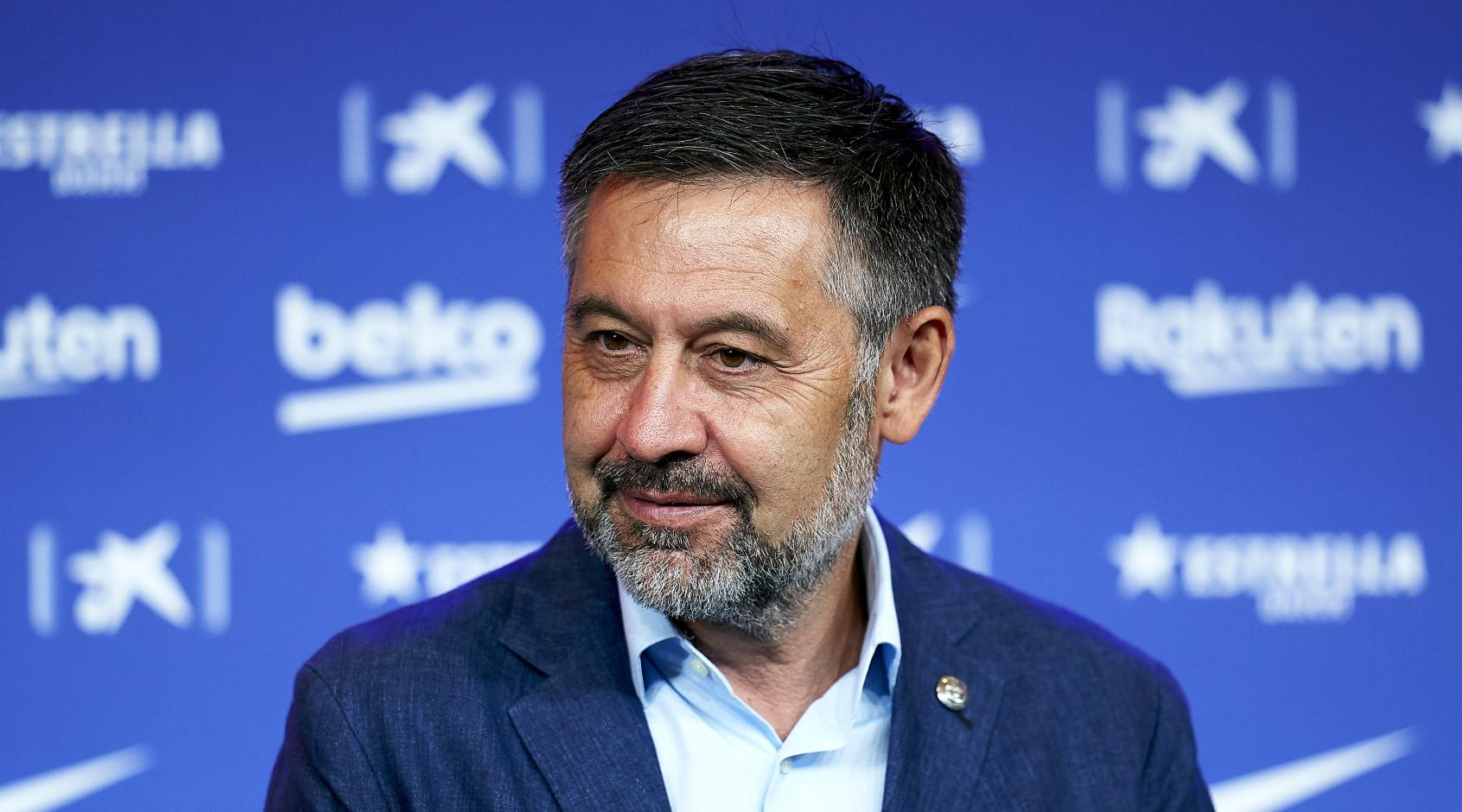 """Что такое """"BarçaGate"""" и почему был задержан экс-президент """"Барселоны"""" Хосеп Бартомеу"""
