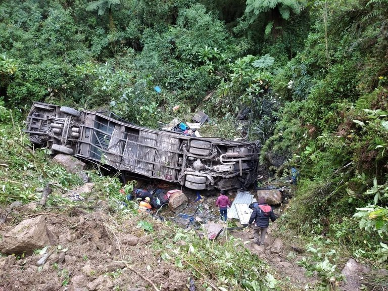"""Боливиец Эрвин Тумири - один из двух выживших при крушении самолета с """"Шапекоэнсе"""", выжил в еще одной катастрофе - изображение 1"""
