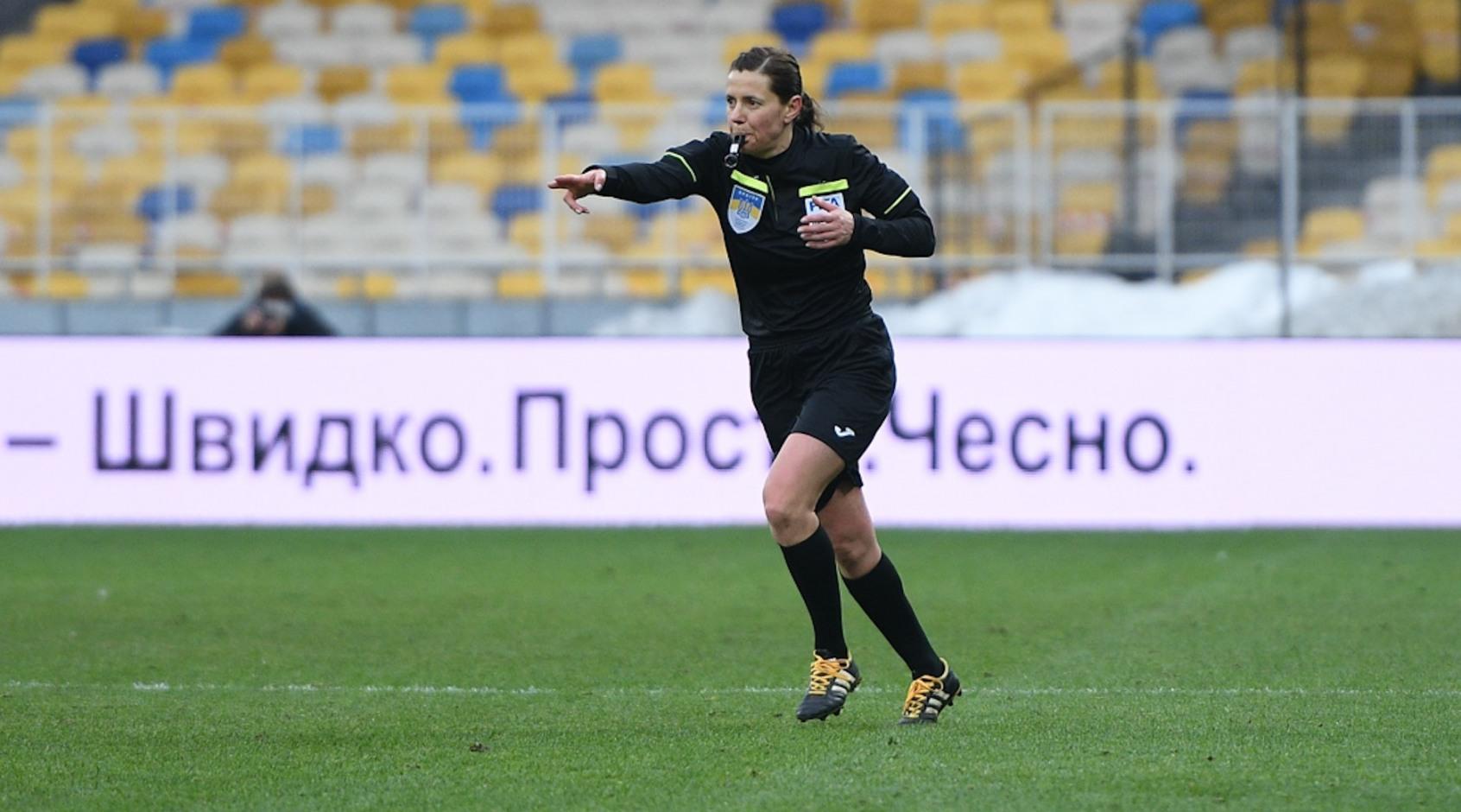 Екатерина Монзуль назначила пенальти в полуфинале Олимпиады после просмотра VAR