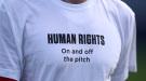"""Из-за ситуации в Катаре игроки сборной Норвегии опять вышли на игру в футболках с надписью """"Права человека"""" (Фото)"""
