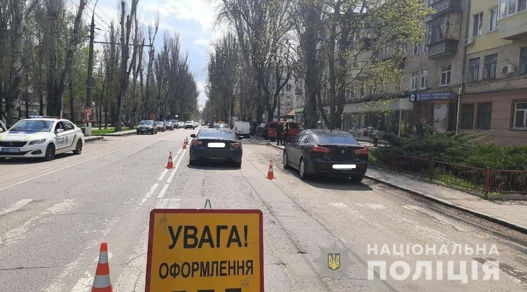 У Херсоні автомобіль збив 10-річного воротаря місцевої ДЮСШ: потрібна допомога