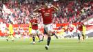"""""""Манчестер Юнайтед"""" отказывается отпускать Кавани в """"Барселону"""""""