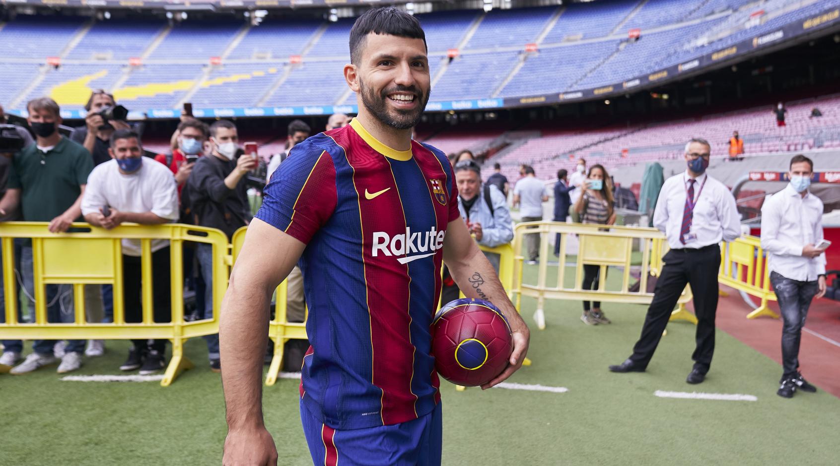 """Стало известно, когда Агуэро наконец-то может дебютировать за """"Барселону"""""""