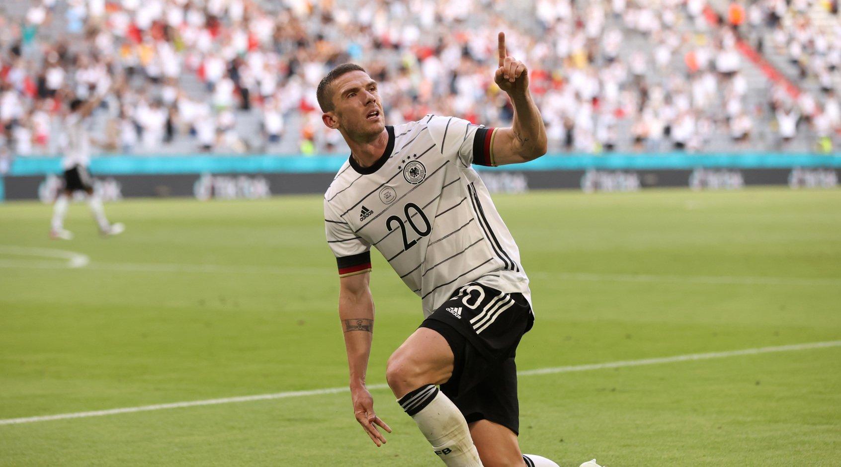 Робин Гозенс признан лучшим игроком матча Португалия - Германия