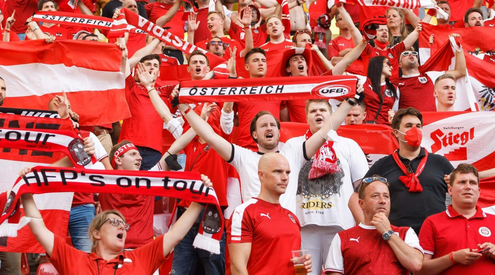 """Австрийские болельщики: """"Пусть украинцы не забывают, что их команда худшая из тех, кто попал в плей-офф"""""""