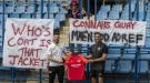 Фанат из Уэльса отправился в Армению, чтобы поддержать команду в квалификации Лиги чемпионов (Фото)