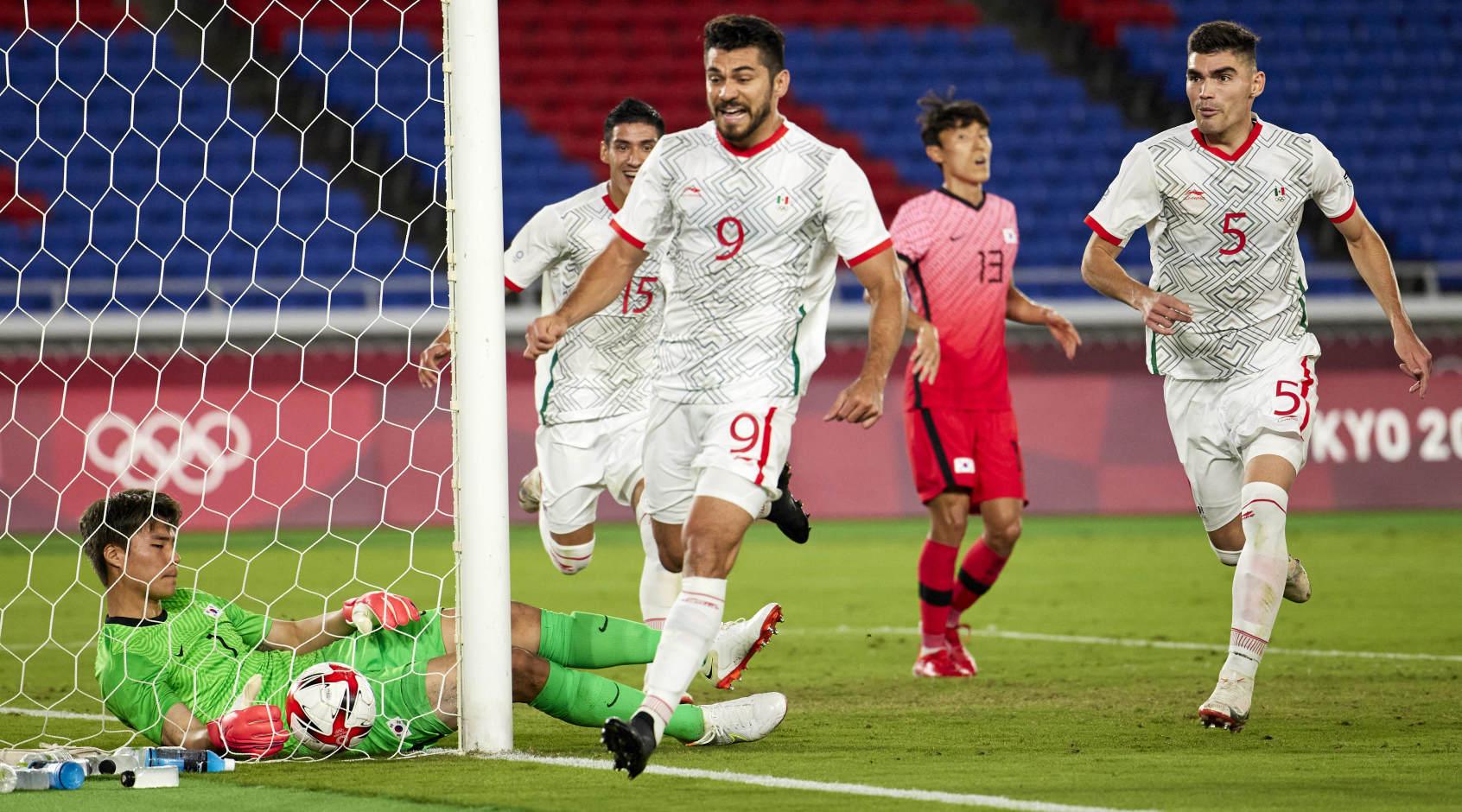 Сборные Японии и Мексики торжествуют в четвертьфинале на Олимпиаде в Токио – стали известны пары 1/2 финала