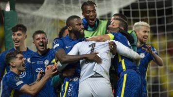 """Игроки """"Челси"""" Жоржиньо и Эмерсон установили уникальное достижение в истории футбола"""