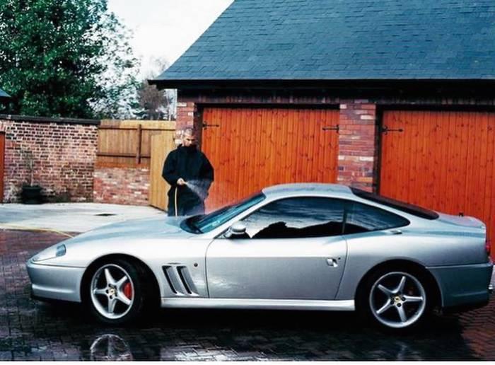 Роналду - на Lamborghini, Пеле - на Mercedes, какие авто предпочитают звезды футбола (+Фото) - изображение 6