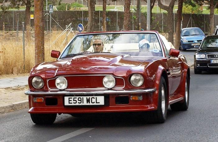 Роналду - на Lamborghini, Пеле - на Mercedes, какие авто предпочитают звезды футбола (+Фото) - изображение 8