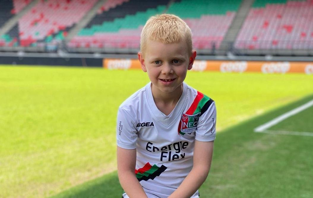 Трогательная история из Нидерландов: 7-летний болельщик спас любимый клуб от банкротства (+Видео) - изображение 3