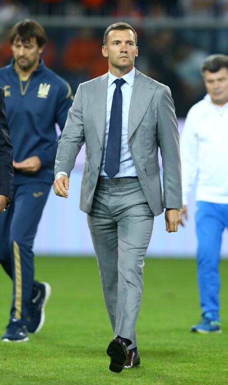 От Вернидуба до Зидана. Как одеваются топ-тренеры Европы (+ Фото) - изображение 13