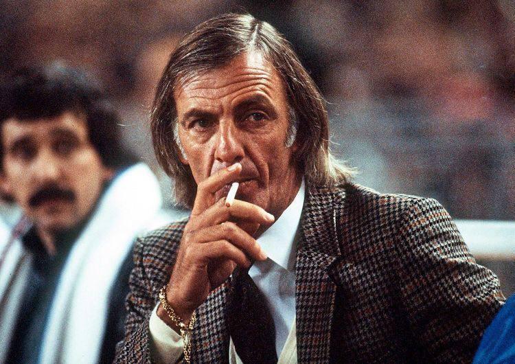 От Вернидуба до Зидана. Как одеваются топ-тренеры Европы (+ Фото) - изображение 26
