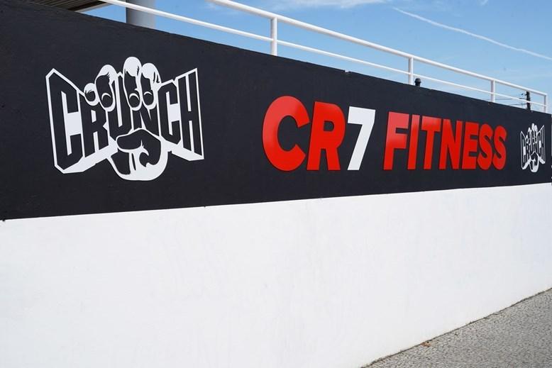 Криштиану Роналду открыл сеть тренажерных залов в Порту (+Фото) - изображение 5